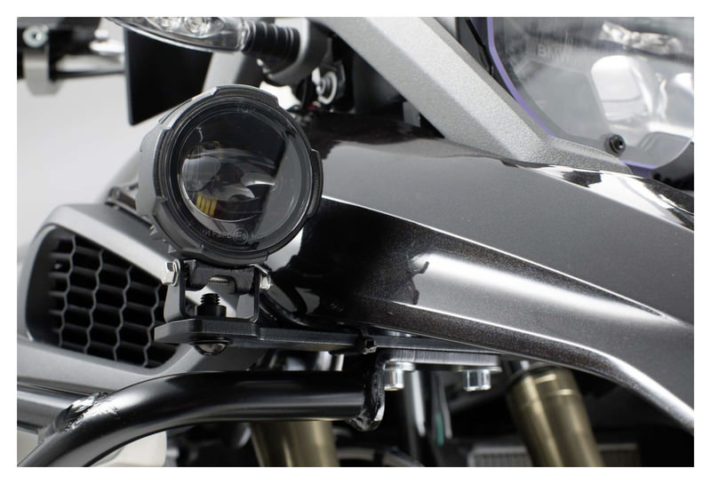 FOG LIGHT HOLDER BMW