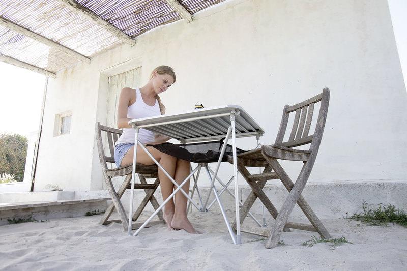 UQUIP TABLE PLIANTE
